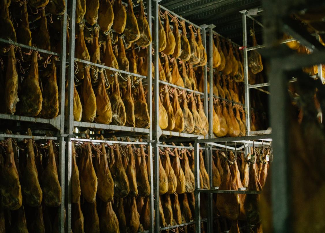 ¿Debemos comernos el tocino del jamón ibérico?